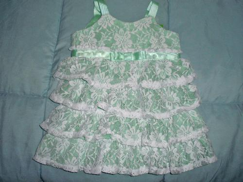 Alice Dress - A little gift for a little princess.