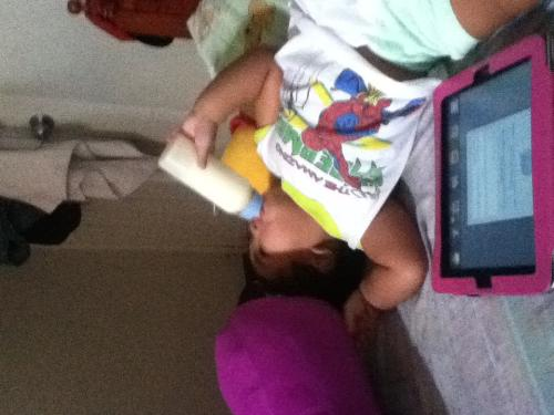 Techie baby - My baby using his ipad