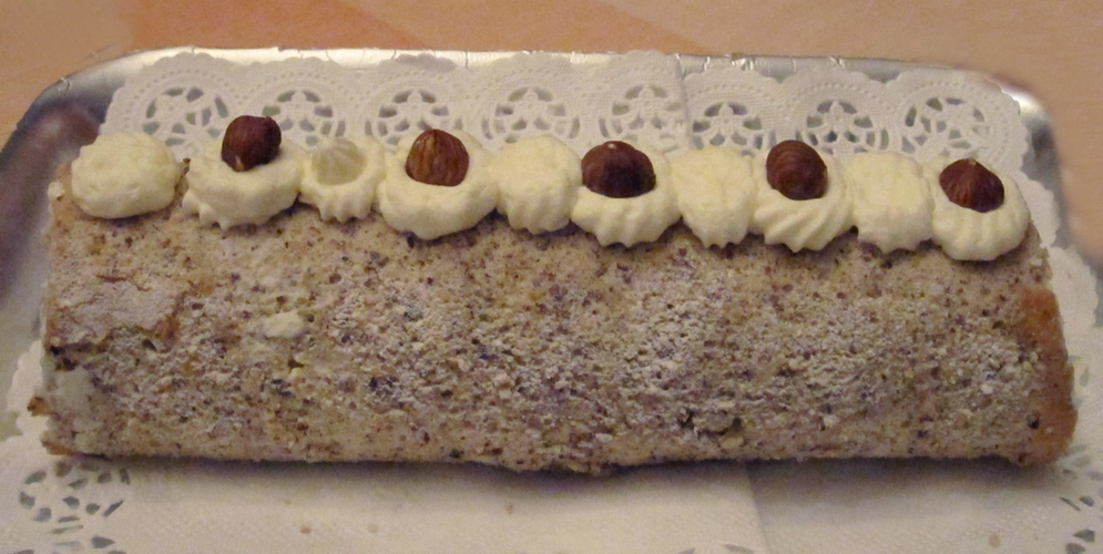 Hazelnut cake - personal photo by Anna (@LadyDuck)