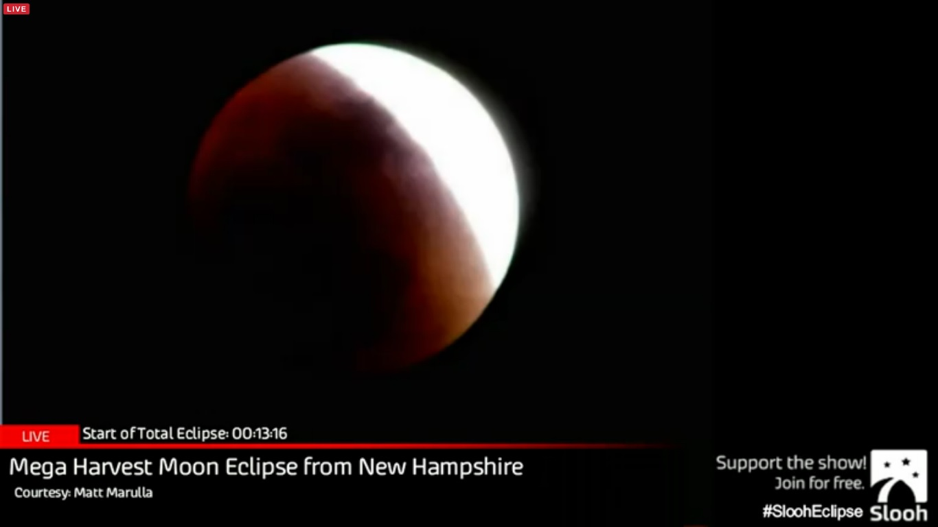 Blood Moon Screenshot from live streaming.