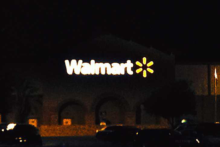worst walmart pic. . . EVER !