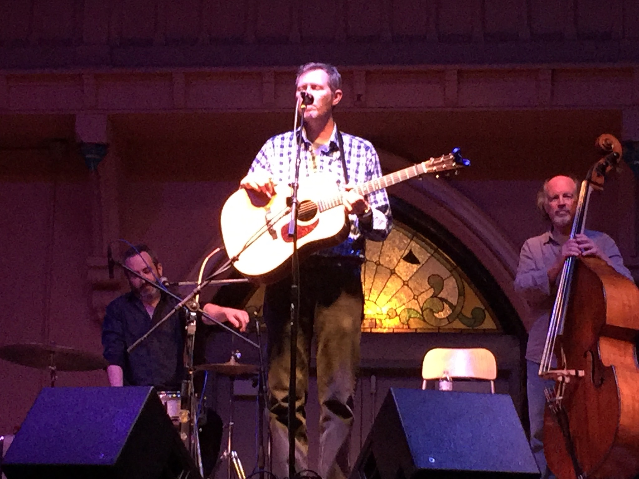 Robbie Fulks singing to a sparse but enthusiastic crowd at Southgate House Revival.  Photo taken by and the property of FourWalls.