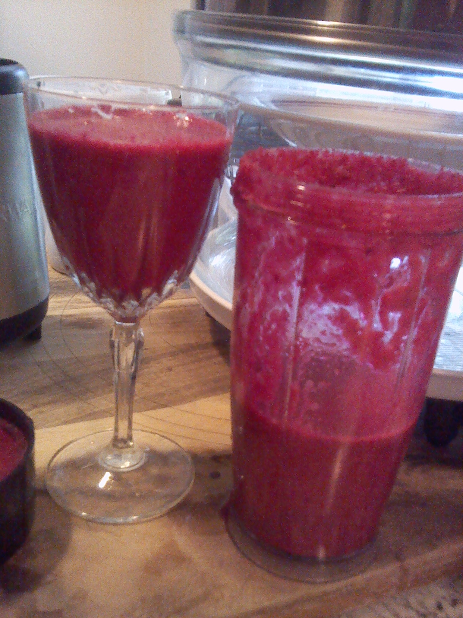 Beet juice with apple