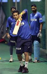 Sachin Bhai  at Nets ! - Sachin Bhai  at Nets in SA tour---2006 !