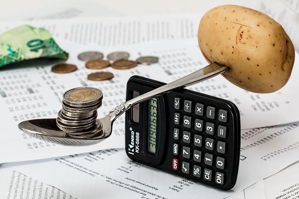 https://pixabay.com/en/coins-calculator-budget-1015125/