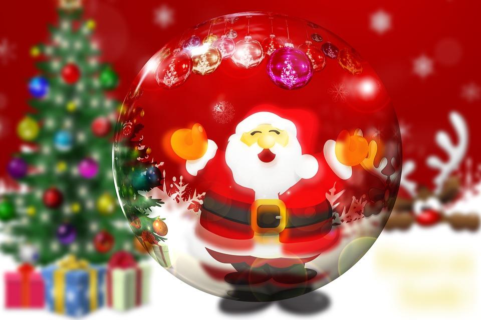 Santa Claus & Christmas Tree - Geralt-pixabay/CC) Public Domain