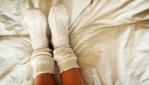 wear socks to sleep