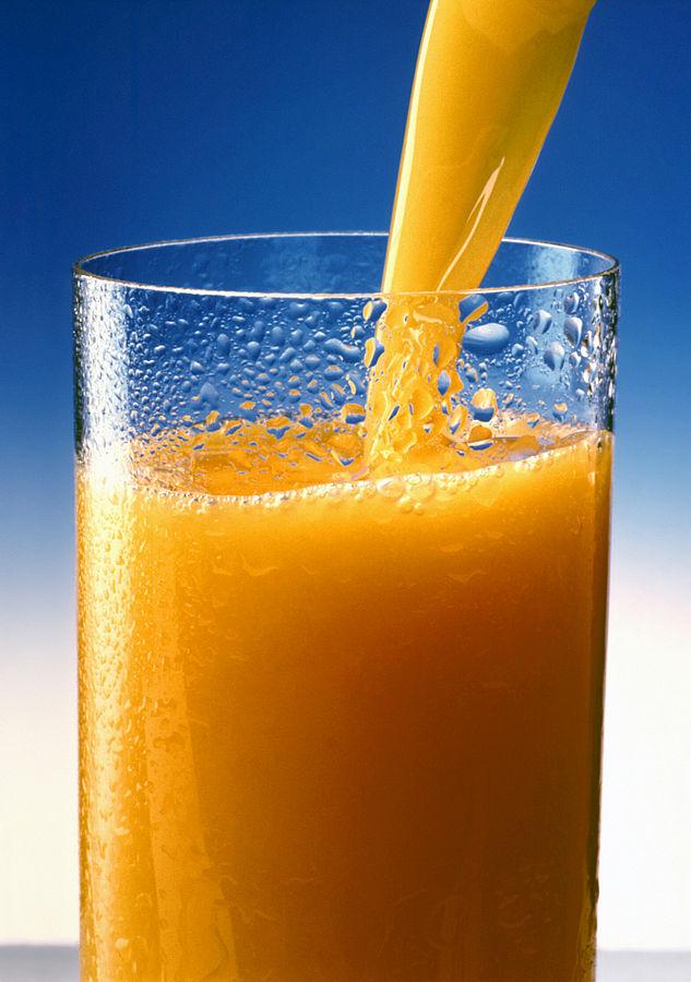 https://commons.wikimedia.org/wiki/File:Orange_juice_1.jpg