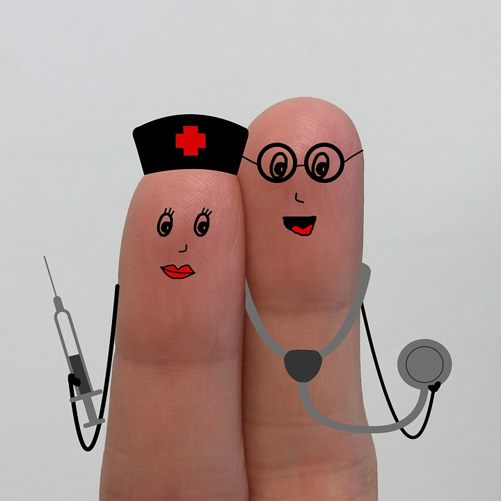 https://pixabay.com/en/nurse-nurses-doctor-hospital-2020301/