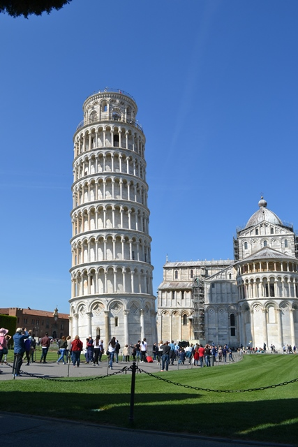 Leaning tower of Pisa,