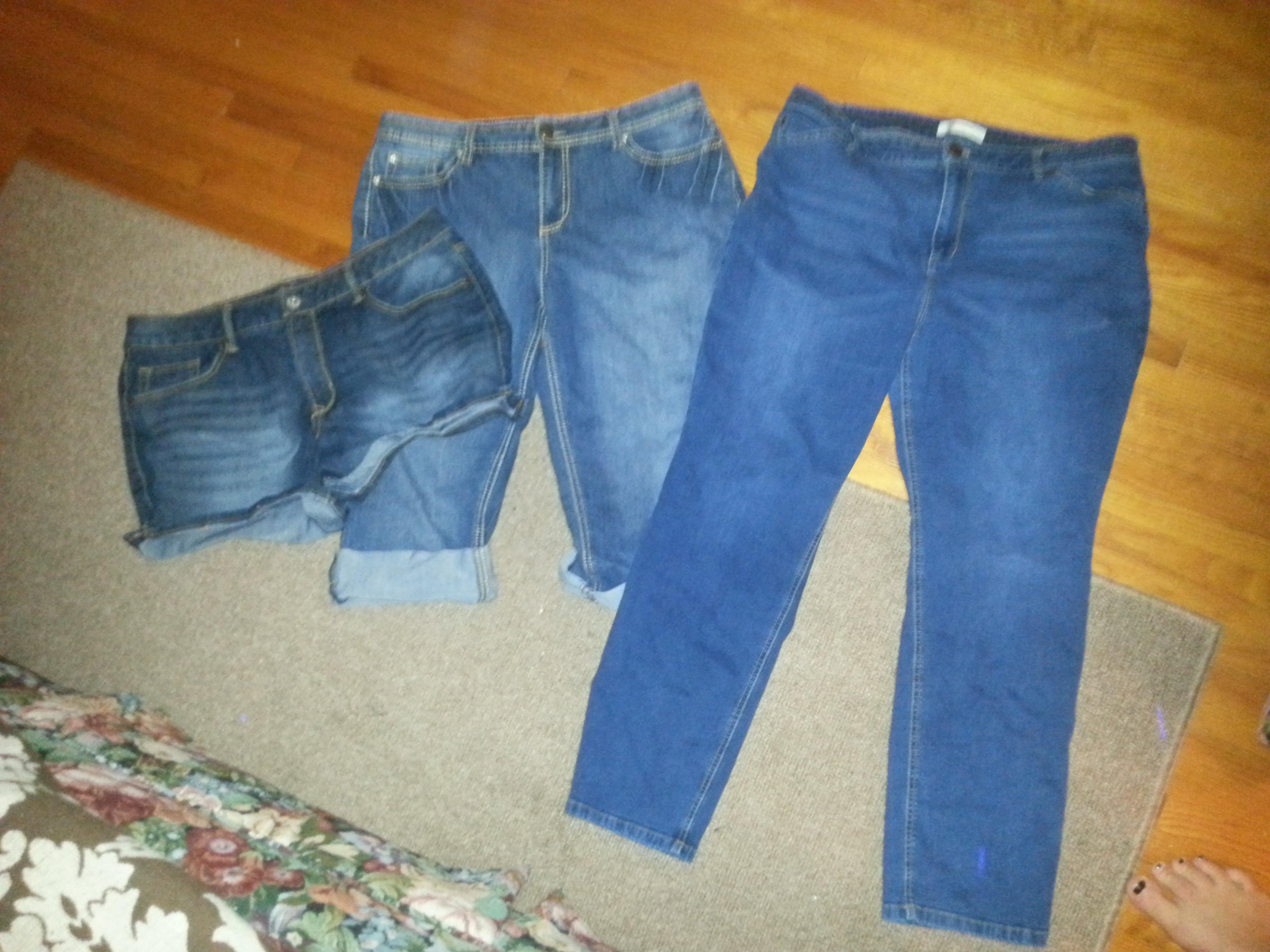 too big jeans beinh sold on ebay