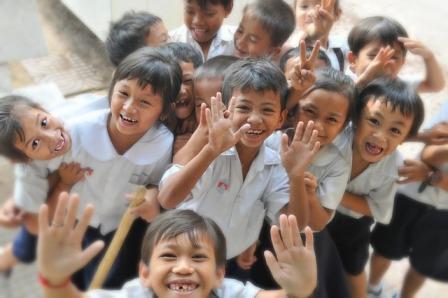 https://pixabay.com/en/children-school-laughing-fun-602967/