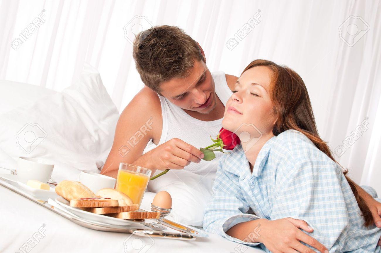 Breakfast in bed, love,queen