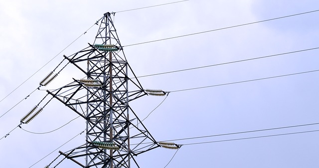 https://pixabay.com/en/electricity-pylon-power-line-energy-1528128/