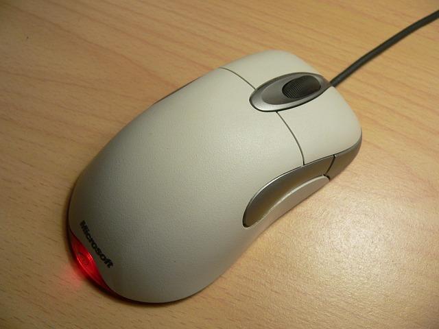 https://pixabay.com/en/mouse-computer-hardware-technology-175140/