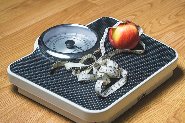 https://pixabay.com/en/weight-loss-weight-nutrition-scale-2036969/