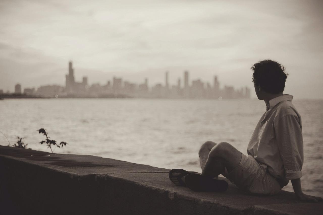 https://pixabay.com/en/seaside-man-sitting-relax-wait-371229/
