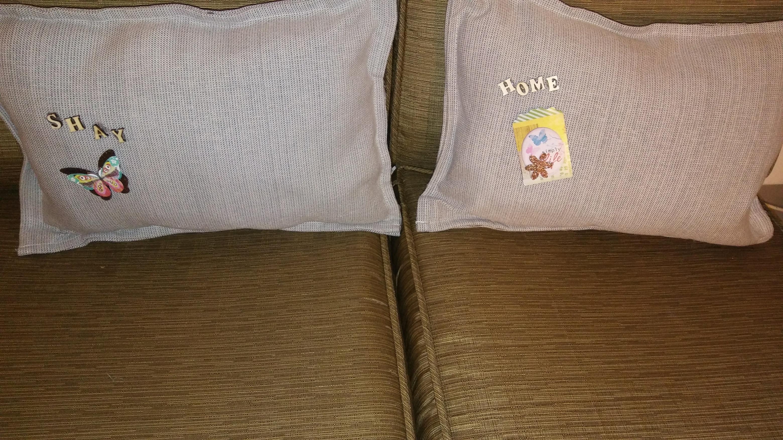 Placemat pillows..