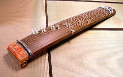 Koto,Japanse halp :) - I can play a little bit.I've learned in high school :)