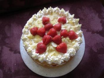 Strawberry Gateau - A strawberry gateau I made for John and Ollie.  Yummmmy!