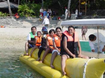 Banana Boat at Coco Beach in Puerto Galera - Life is breezy and very comfortable at the Coco Beach Resort in Puerto Galera. Try their Banana Boat, it's super exciting!