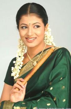 Sridevika - She is looking beautiful in saree