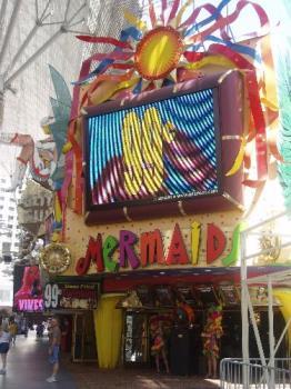 mermaids casino in Las Vegas - Mermaids in Vegas is one of my favorite casinos!