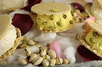 Pistachio ice cream - yummy