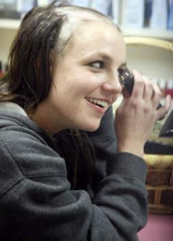 Britney goes bald - Britney shaves her head