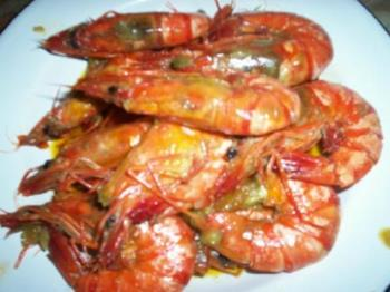 i got this from fresh seafood station and cooked i - its prawns with garlic and lemon butter.. lots of love makes it delicious, thats why i love to cook
