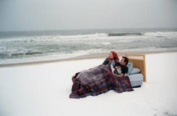 "The Eternal Sunshine of the Spotless Mind - Jim Carrey and Kate Winslet in ""The Eternal Sunshine of the Spotless Mind"""