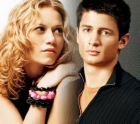 haley & nathan - Haley is Nathan's wife and Lucas' bestfriend