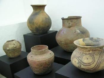 Pots - Antiques