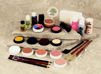 make-up kits - a make-up kit for ladies