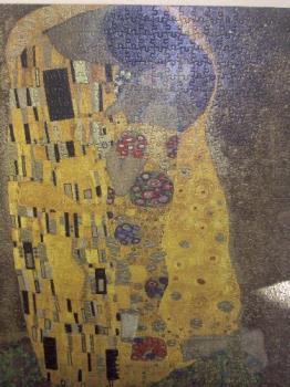 The Kiss jigsaw. - Copy of Gustav Klimt's The Kiss jigsaw puzzle.