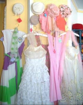 vintage clothing - vintage clothing store