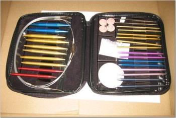 """Boye interchangeable needles set - This set includes metal needle tips and plastic """"lengetheners"""""""