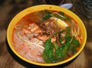 shrimp noodle - Shrimp noodle is one of my favorite food. It will taste even more delicious if prawns are added.