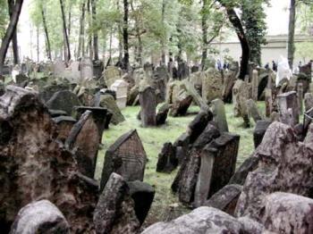 Cemetery - kinda scary