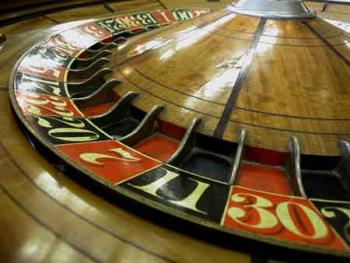 Gambling - Does roulette get you addicted? Do you have an addiction to wasting money?