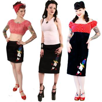 Daggers - Red & Black looks chic!