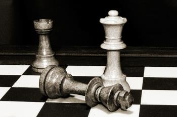 Chess Game - Chess game is a common game played by all walks of life.