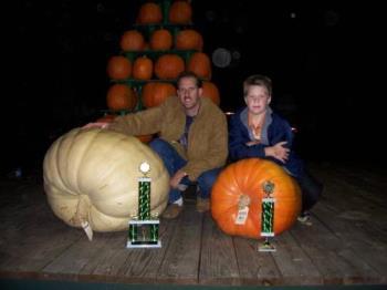 817 Pound Pumpkin! - 817 pound pumpkin in NJ