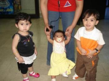 Those Kid's are all mix, in the middle is my daugh - see all those mix kid's all thier mom is Filipina