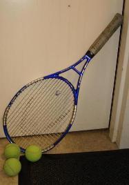 Tennis - Tennis racket and balls.
