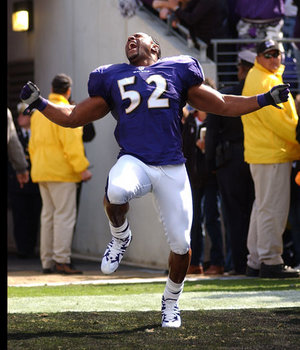 Baltimore Ravens - Ray Lewis #52 - Linebacker  - Baltimore Ravens - Ray Lewis #52 - Linebacker
