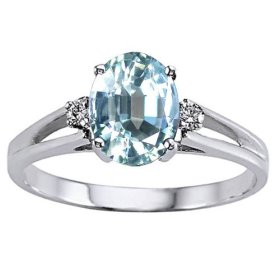 Aquamarine Diamond Ring - I wish this ring was mine.