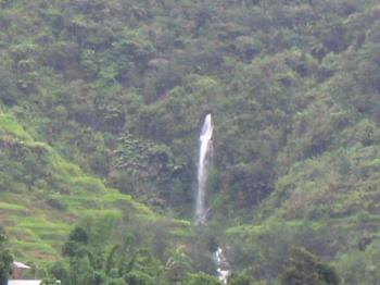 Falls in the middle of the mountains.. - At Banaue, when we are walking to the museum.