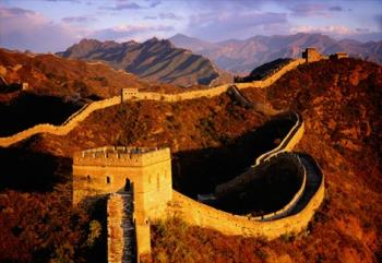 Structure seen by moon - Great wall of china can be seen from the moon with out a telescope