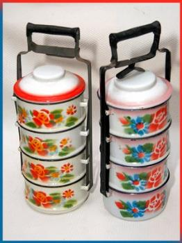 This was called Rantang, where you put food and de - This was called Rantang, where you put food and delivery them to the customers.